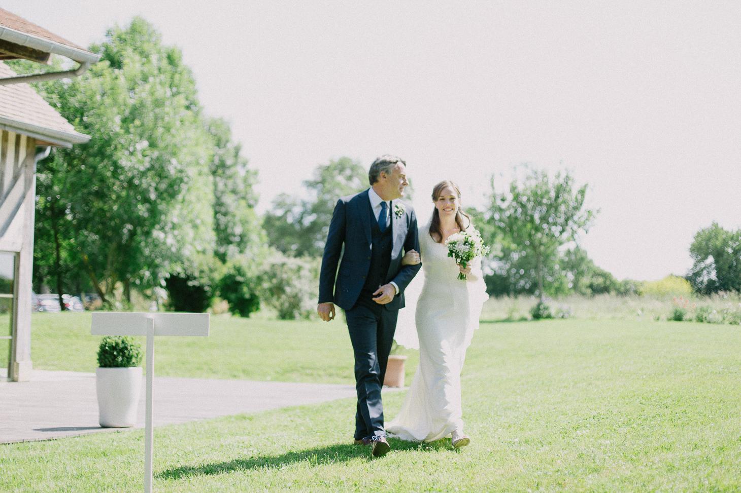 photographe-mariage-champ-de-launay-normandie-00032
