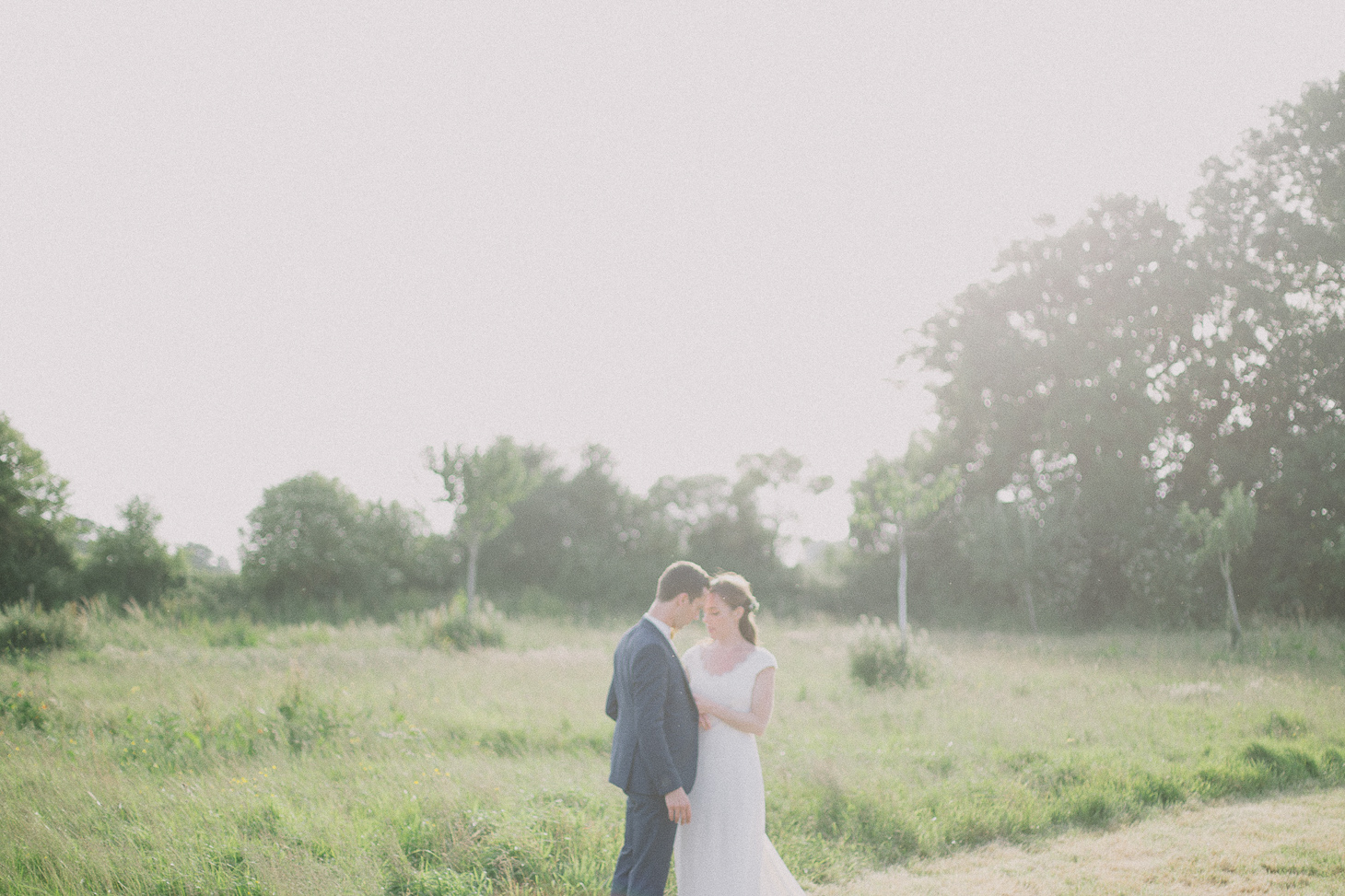 photographe-mariage-champ-de-launay-normandie-00060
