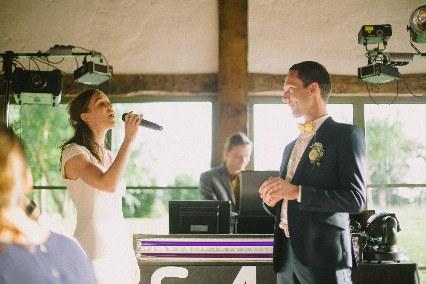 photographe-mariage-champ-de-launay-normandie-00075
